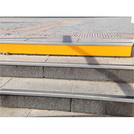 Repérage de contremarche ALUX jaune 10 x 100 cm
