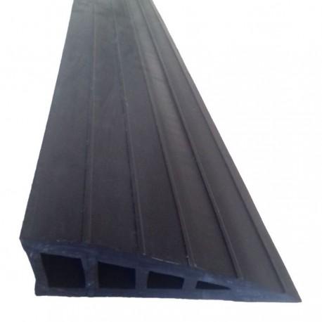 Rampe d'accès auto-plombante en caoutchouc GUMKA gris 40 mm
